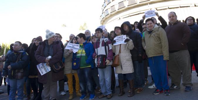 Plena inclusión solicita a los Grupos Políticos que apoyen la Proposición de Ley de Reforma Electoral para otorgar el voto a todas las personas