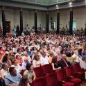 Más de 400 personas se reúnen en el V Encuentro Autonómico de Familias de personas con discapacidad intelectual en Zaragoza.